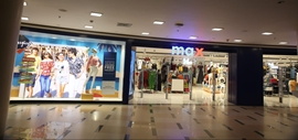 MAX Relaunches Its Vashi Store